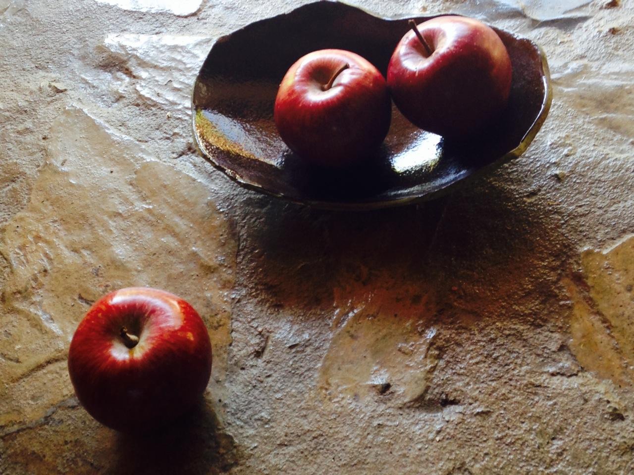 apples in clementina ceramic bowl